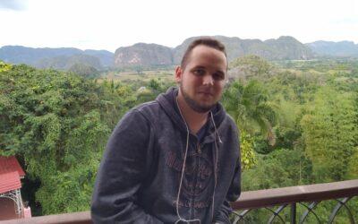 """Javier Larrea: """"La lucha animalista en Cuba siempre recomienza"""""""