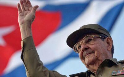 """Raúl Castro se retira, """"¡Ahora sí vamos a construir la revolución!"""""""